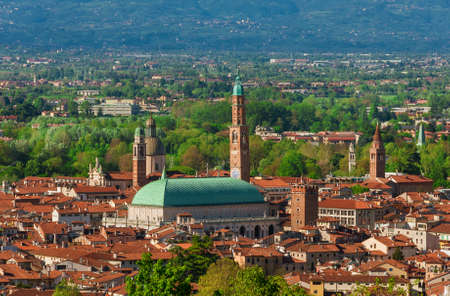 View of Vicenza historic center with the famous renaissance Basilica Palladiana 版權商用圖片