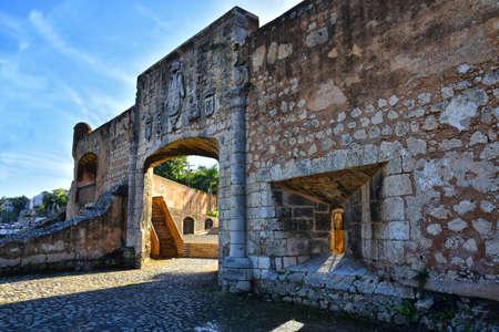 アルカサル デ コロン - サント ・ ドミンゴ, ドミニカ共和国のドア 写真素材