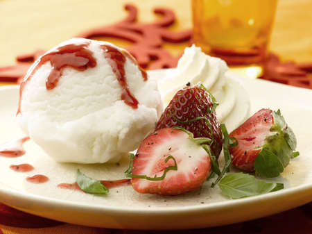 fresh strawberry and ice cream