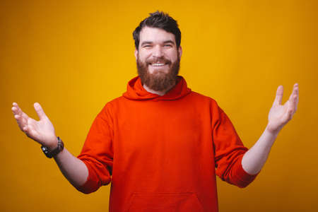 Welcome bro, photo of happy man in red blouse doing welcome gesture with open arms