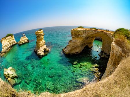 Beautiful landscape of Torre de Sant Andrea, Salento coast, Puglia region 스톡 콘텐츠