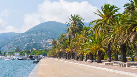 View of La Spezia: The Costantino Morin walk and the Thaon by Revel quay