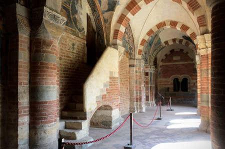 abbazia: ALBUGNANO (ITALY) - JULY 24 - Abbazia di Vezzolano, cloister of the abbey