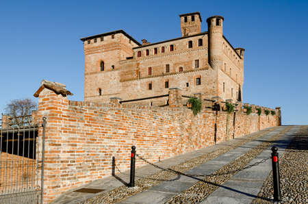 cavour: Castle of Grinzane Cavour,   in the hills of Langhe (Piedmont, Italy). The castle was the home of Camillo Benso, count of Cavour Editorial