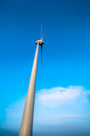 windfarm: Parque e�lico en Monterenzio, Italia Foto de archivo