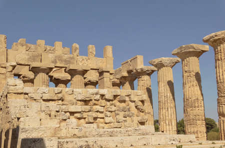 Dettaglio di un tempio greco Archivio Fotografico - 96796784