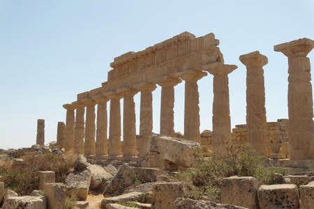 Tempio greco Archivio Fotografico - 96512943