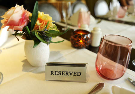 reserved seat: Reserved table in a restaurant