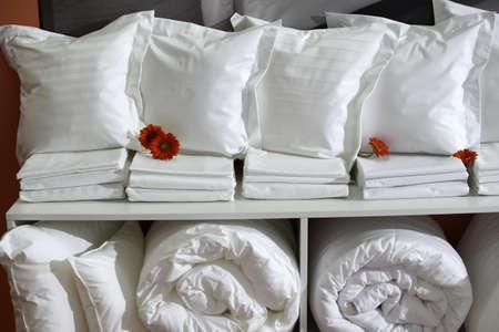 Insieme bianco di lenzuola