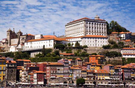 oporto: Typical buildings in Ribeira, oPorto, Portugal