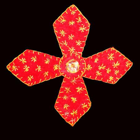 Cruz vermelha em fundo preto