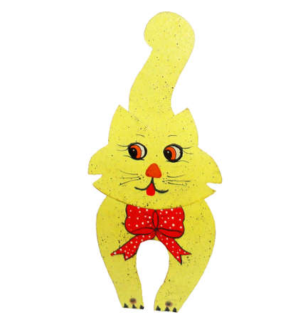 paper sculpture:  Yellow cat on a white background