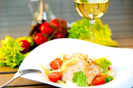 ensalada cesar: Ensalada C�sar con filete de pollo