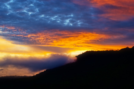 ciel avec nuages: Sunset after rain on mountain : Khao Kho National Park, Thailand