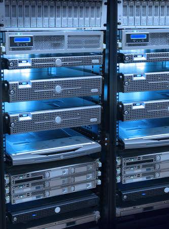 rack server: rack server