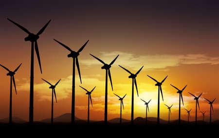 sostenibilidad: Campo eólico y las turbinas eólicas Foto de archivo