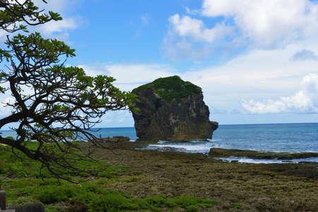 kenting: Taiwan Kenting sailing stones