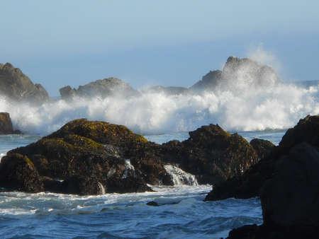 big sur: Crashing Ocean Waves