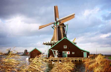 zaanse: Zaanse Schans Windmill Park bij Amsterdam in Nederland Stockfoto