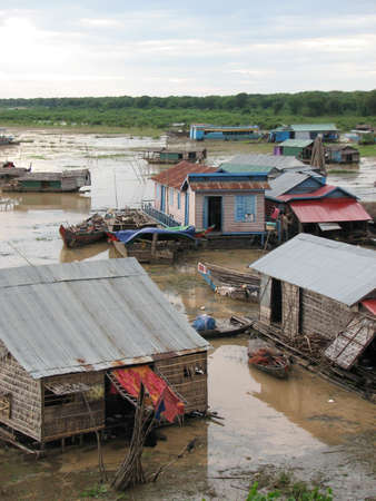 to reap: Floating houses at Tonle Sap, Siem Reap, Cambodia Stock Photo