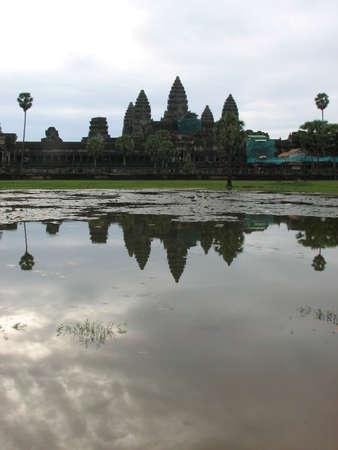 Angkor Wat at Angkor, Cambodia Stock Photo - 7972800