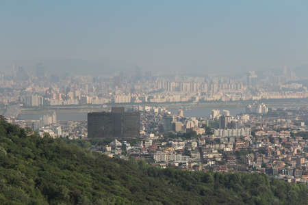 bird s eye view: A bird s eye view of Seoul from the Namsan Park in Seoul, South Korea