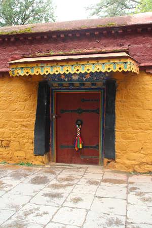 Colourful door at Lhasa Norbulingka Summer Palace), Tibet, China Stock Photo