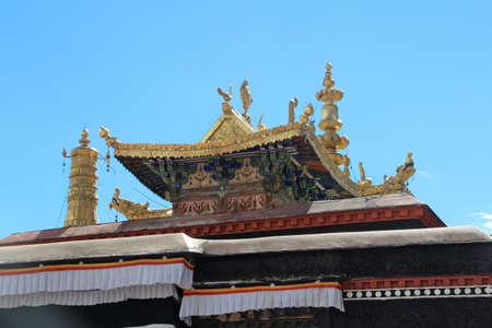 Tibetan building with gilded roof in the Tashilhunpo monastery, Shigatse, Tibet
