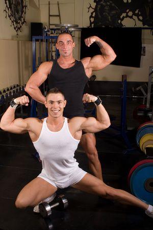 Zwarte lesbische bodybuilders wil je grote lullen zien