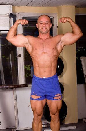 Bodybuilder posing Stock Photo - 5141860
