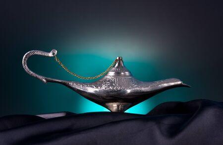 Lámpara de aceite viejo de Oriente