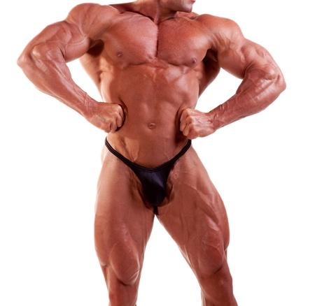 bodybuilder flexion ses muscles isol�s sur fond blanc