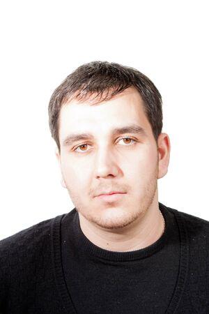 giovane uomo ritratto su bianco