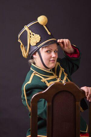 cavalryman: h�sar h�ngaro mujer posando en el estudio
