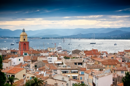Linda vista para Saint-Tropez, Fran�a