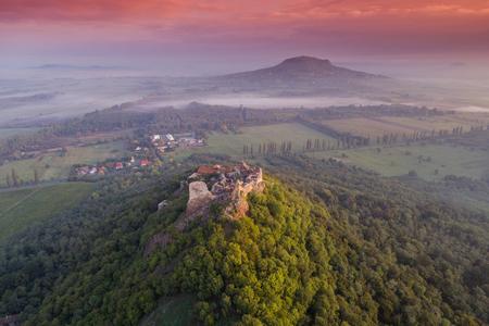 Belle forteresse de Szigliget, Hongrie Banque d'images - 89130658