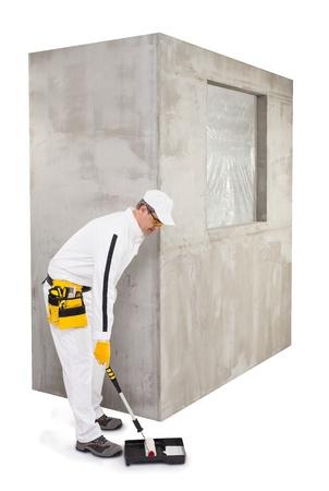priming: Worker preparing for priming
