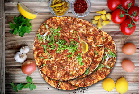 Lahmacun. Traditional Turkish food Banque d'images