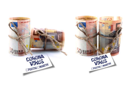 Tied Euro Banknote and Coronavirus warning note. Banque d'images