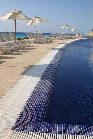 pool in cancun, mexico Stock Photo - 328306