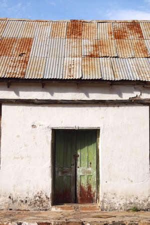 sonora: abandoned houses made out of adobe in the town of Alamos, in the northern state of Sonora, Mexico, Latin America Stock Photo