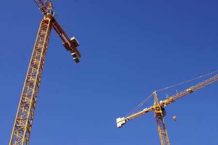 construcci�n de gr�as de la Sagrada Familia en la ciudad de Barcelona, Catalunya, Espa�a, Europa  Foto de archivo - 734982