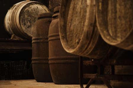la: Weinkeller, La Rioja, Spanien, Europa  Lizenzfreie Bilder