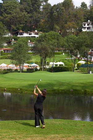 sportsperson: practice of golf in mexico