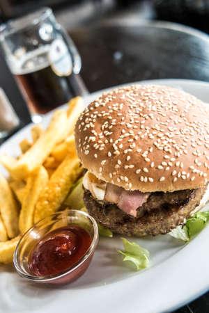 tomato catsup: Hamburger set and beer