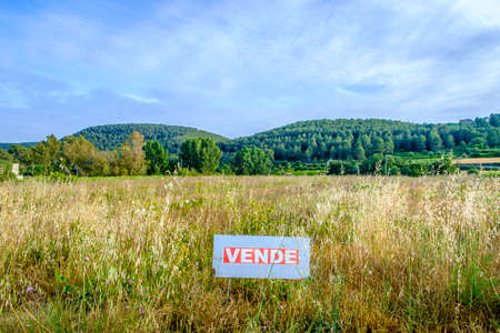 ideogram: On Sale land in spanish language in Catalonia Spain Stock Photo