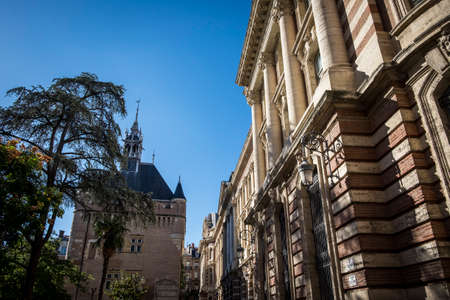 gaulle: Toulouse, France - September 14, 2016: Charles de Gaulle square where is located the tourism offices of the city Stock Photo