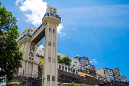 elevador: Elevador Lacerda elevator in Salvador do Bahia Brazil