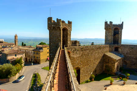 di: Montalcino, Italy - May 10, 2014: Panoramic of the city from Fortezza di Montalcino castle