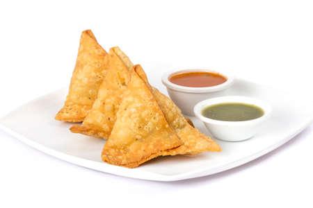 """Cuisine traditionnelle indienne spécialisée dans la rue """"SAMOSA"""" Banque d'images - 86949264"""